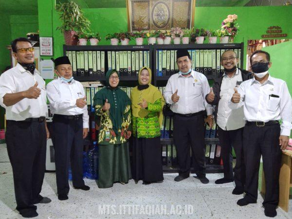 Pengawas Penmad Ogan Ilir Kunjungi MTs Al-Ittifaqiah